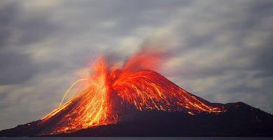 Volcán Krakatua