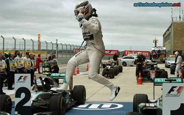 Hamilton tricampeón