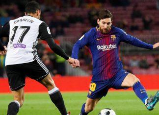 El Valencia sobrevive en el Camp Nou