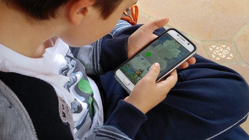 Consejos para los padres sobre el uso seguro del móvil